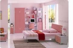 Ремонт в кімнаті дівчинки підлітка