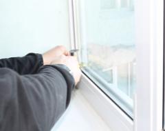 Поломки і ремонт пластикових вікон