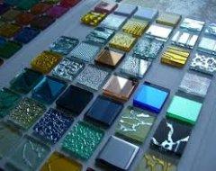 Облицювання стін скляною мозаїкою
