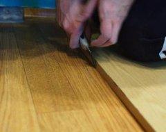 Як покласти лінолеум на дерев'яну підлогу