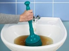 Прочищення труб каналізації
