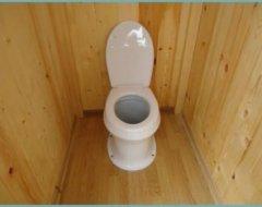 Туалет на дачі: огляд можливих варіантів