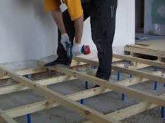 Як зробити рівну підлогу на регульованих лагах своїми руками