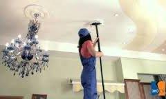 5 порад як мити натяжні стелі
