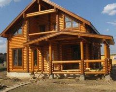 Будівництво будинків з колоди: покрокова інструкція