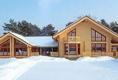 Одноповерховий будинок з бруса: особливості планування і споруди