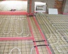 Які труби вибрати для теплої підлоги