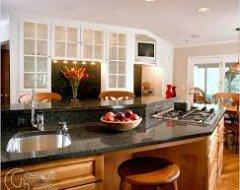 Ремонт кухні власноруч: барна стійка своїми руками